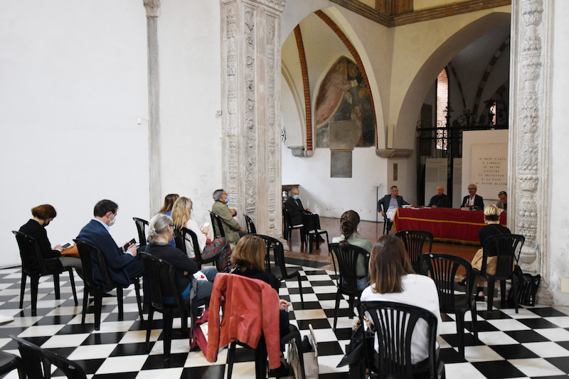 Presentation of the catalogue of Vincenzo Agnetti, Portinari Chapel